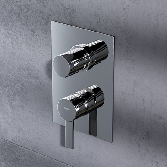 Finish set for single lever shower mixer with integrated 3-way diverter